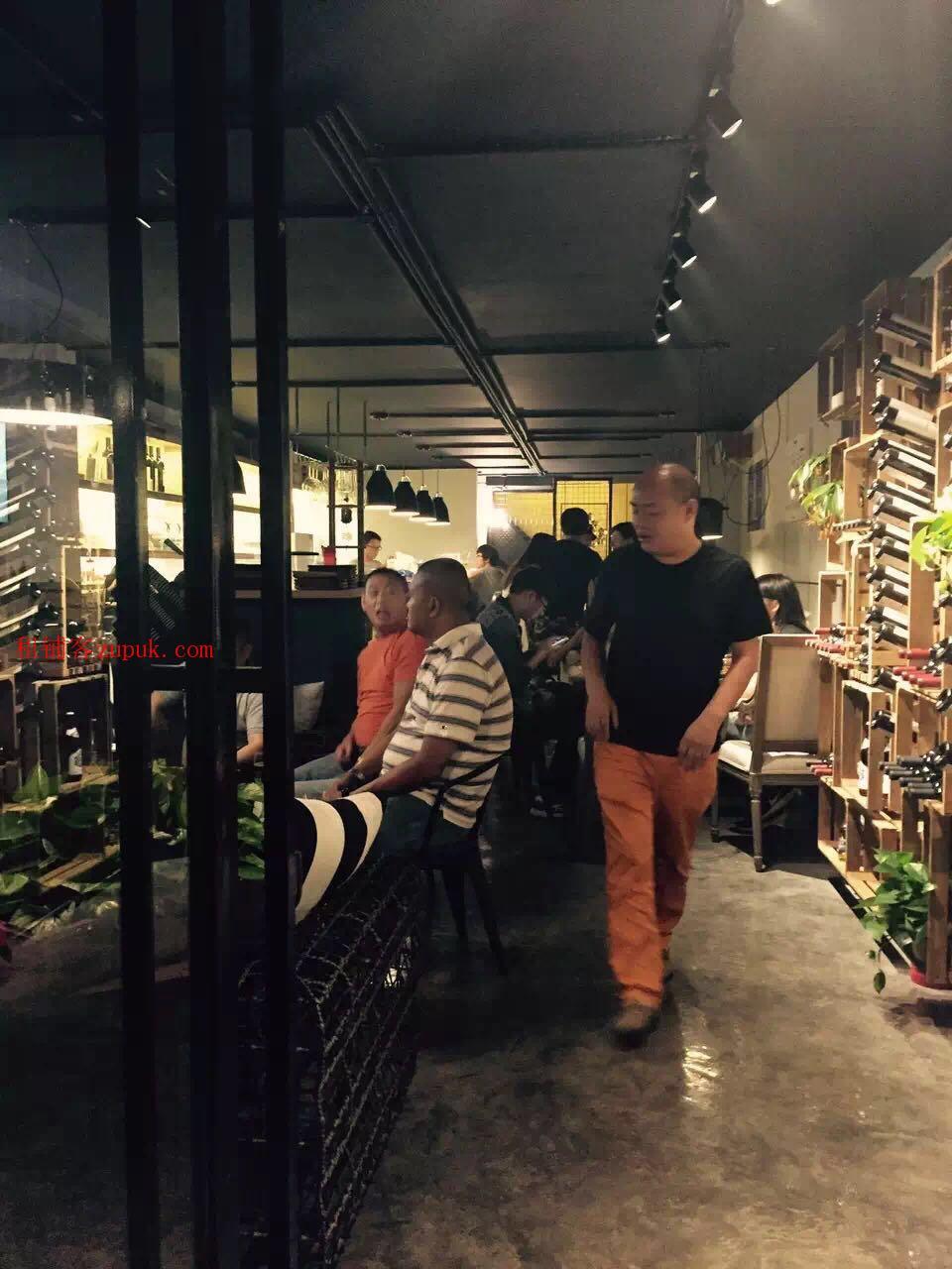 文林街繁华好地段咖啡店直租
