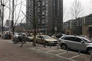富洲新城102㎡餐馆急转,考虑出租、承包(中介勿扰)