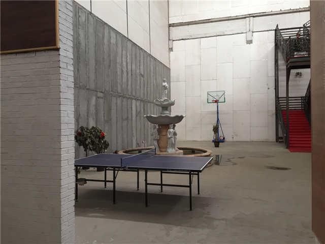 煤机公司院内库房(300平方米)