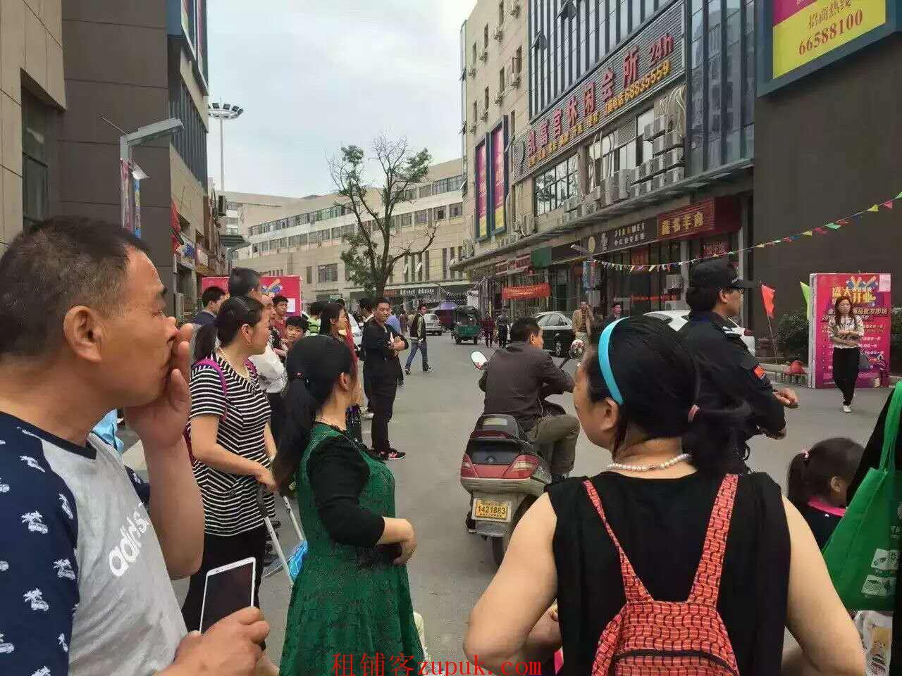 吴中木渎影视城140平沿街旺铺月租1万无转让费