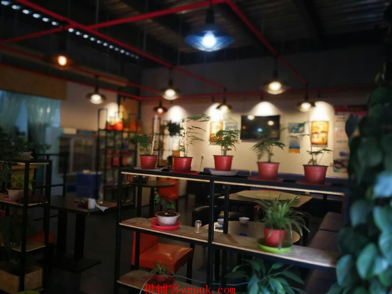 云南农业大学老校区校园内餐厅旺铺转