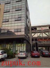 苏州世茂南广场2层楼300平广场中心商铺出租