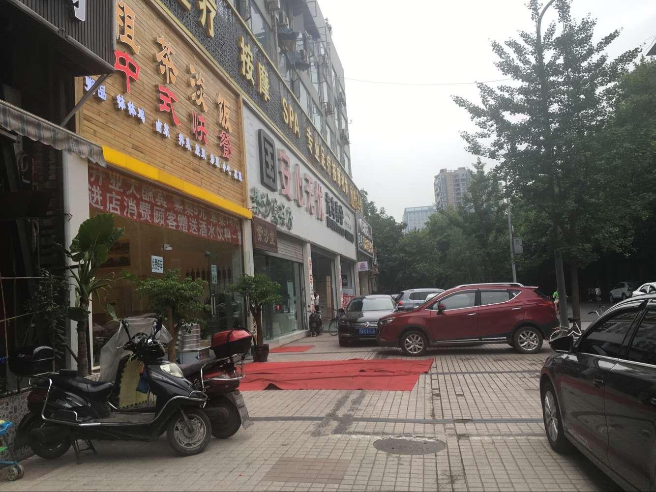成华区 李家沱 超大开间盈利餐饮店转让