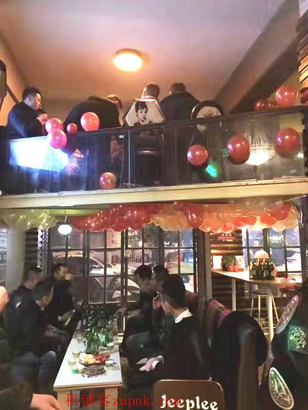 茭菱路酒吧街盈利酒吧转让