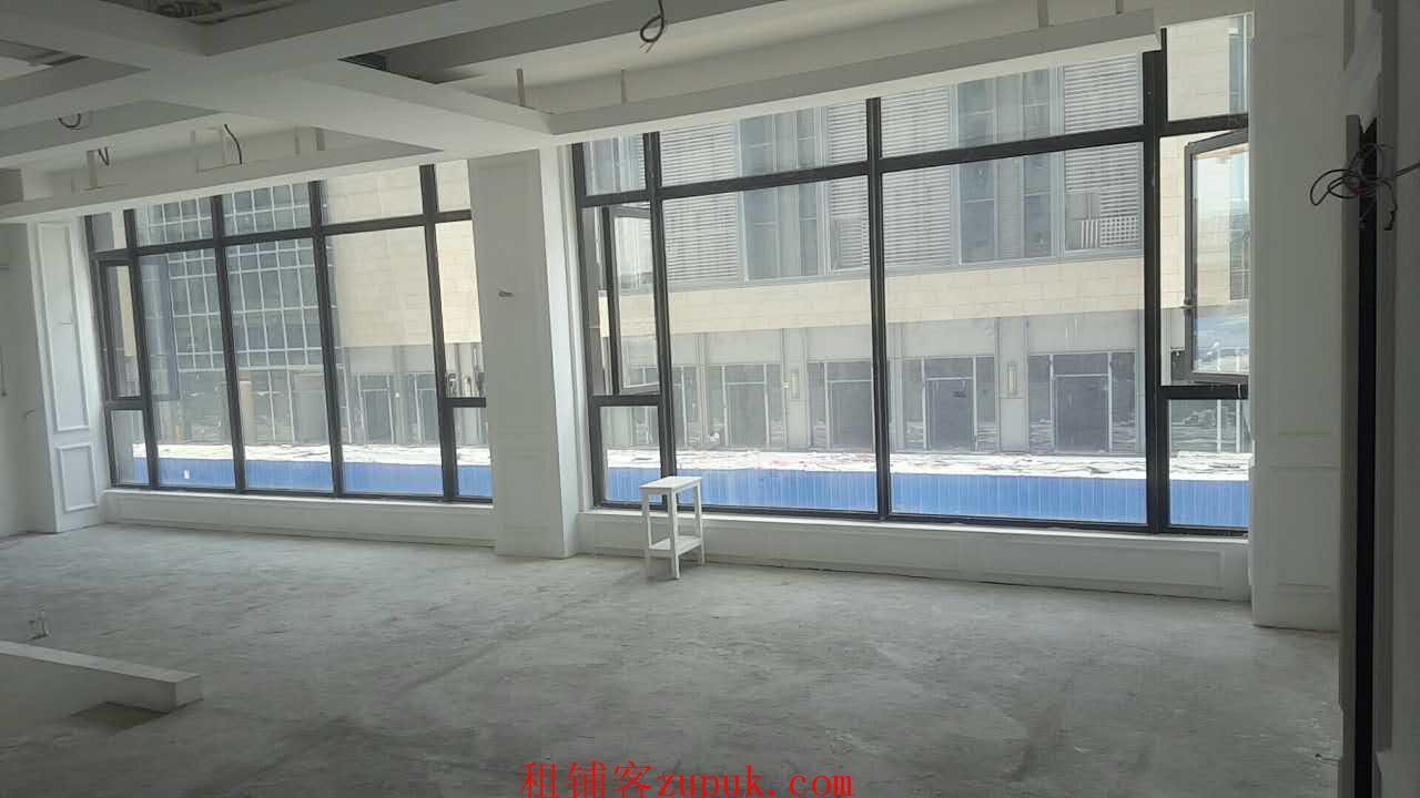 滨江龙湖天街春江丽城交汇处20-140方商铺出租,欲租从速