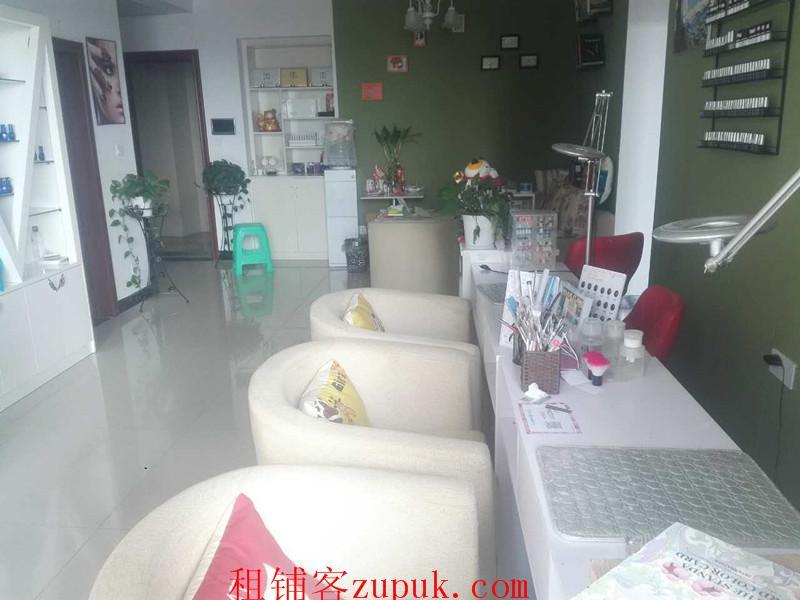中大国际110平纹绣工作室低价转让