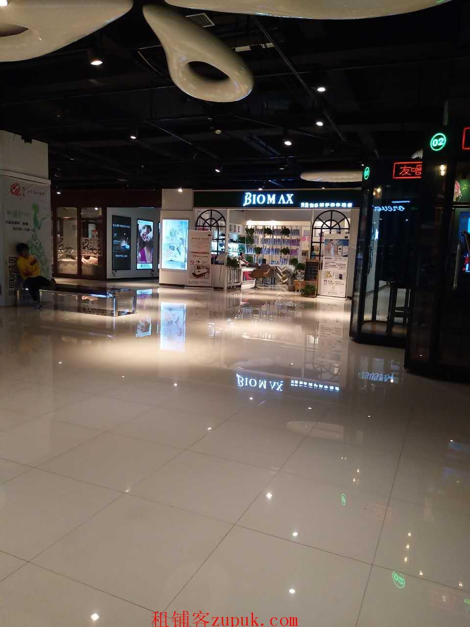 美发店,郑东新区高档商场,精美装修接手盈利