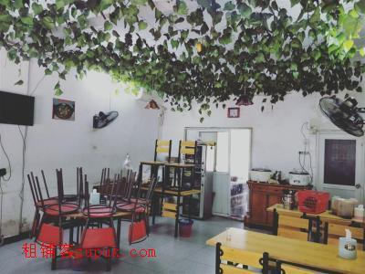 沁园小区60㎡餐饮店六万拿走,机不可失!!!
