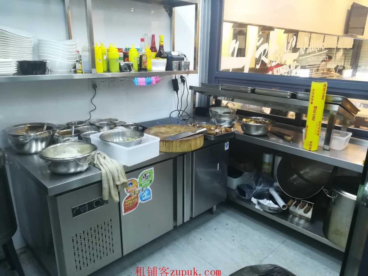福田上步通新岭地铁口78㎡餐厅