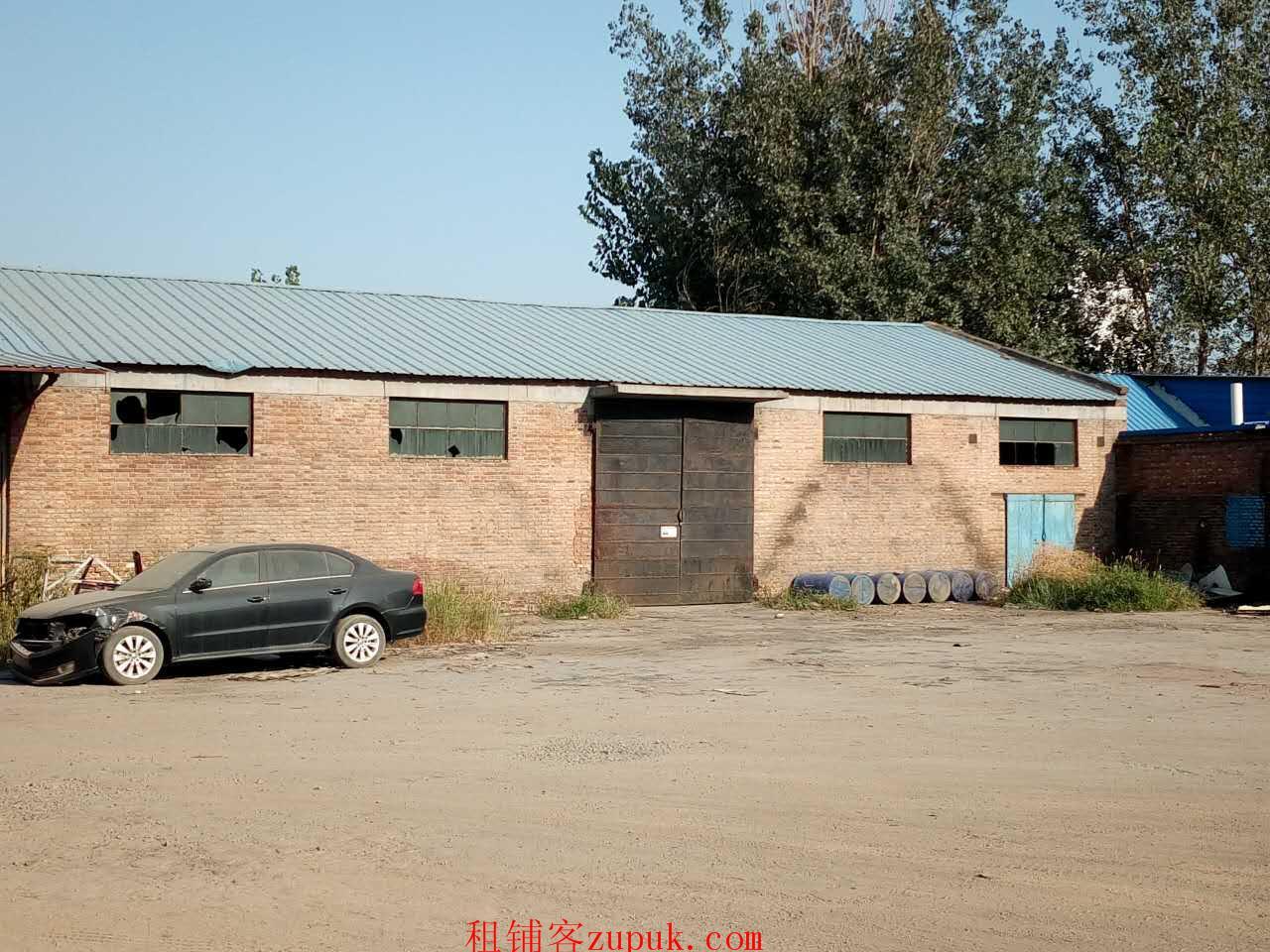 出租长安土贤庄厂房 有修车设备 可做厂房库房