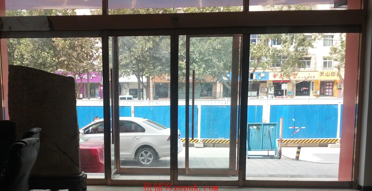 出租长安中山东路底商 客流量大 邻近地铁 精装修
