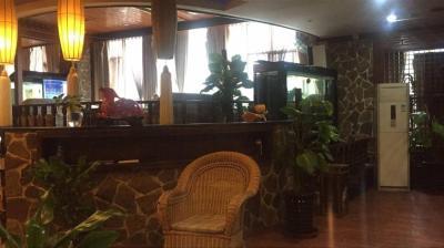 黄泥磅公交站560㎡茶楼8万低价转让了
