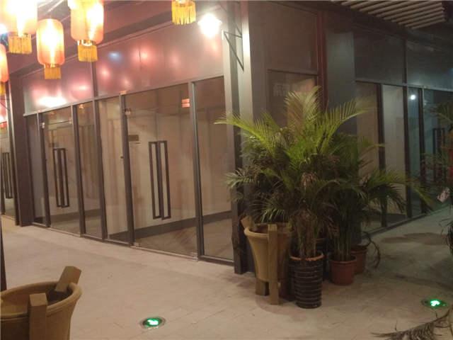 合肥首家不夜城天鹅湖边天珑广场商铺出租