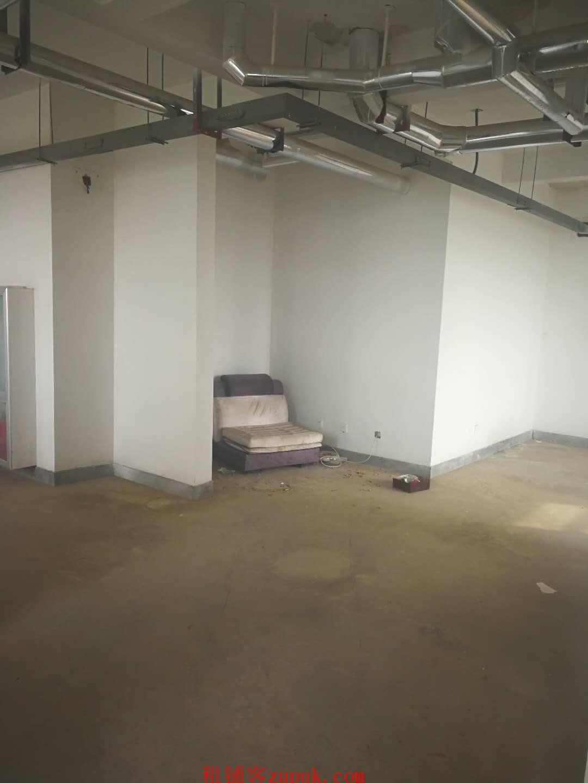 出租奥体西路尚品燕园西门南侧201.7平米两层商铺