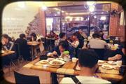 远景路韩国街韩国料理旺铺转让,接受即可经营赚钱,价格低转