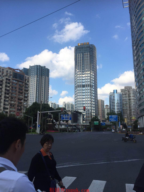 静安嘉里中心沿街一楼秒杀铺只要业态不重复都可以进