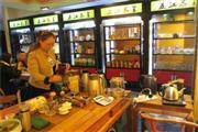 众多高档小区旁100㎡茶餐厅转让(可空转)