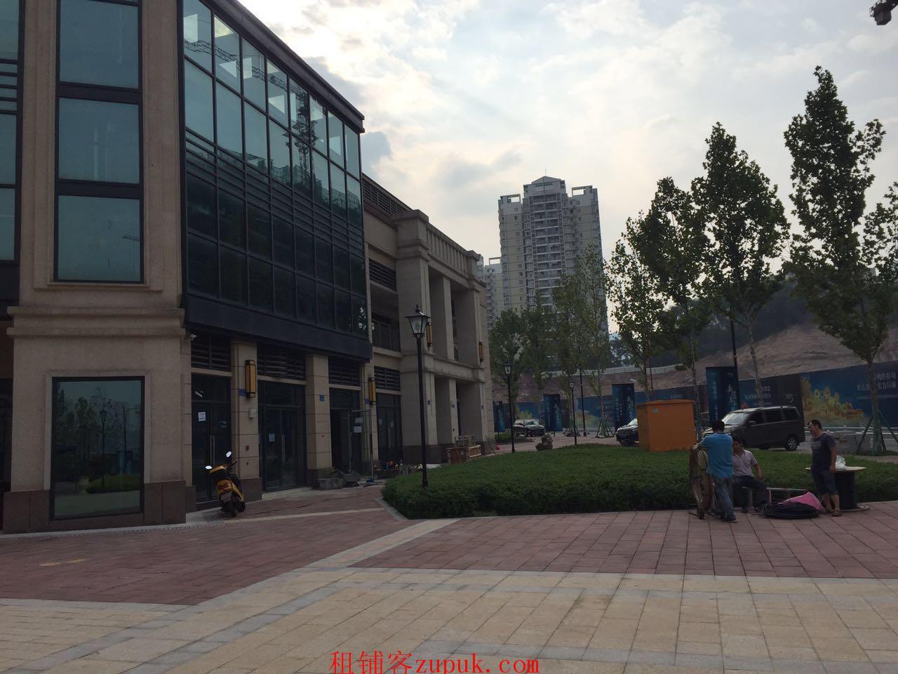 滨江商业招租中,业态不限,免租半年