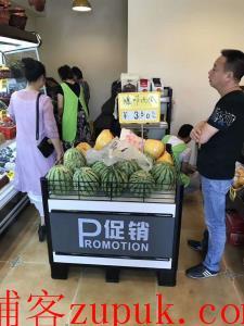 高端小区大门口精品水果店转让(行业不限)