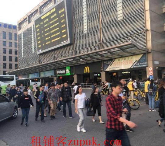 嘉定丰庄轻纺市场门口 沿街重餐饮 年底特惠随时签