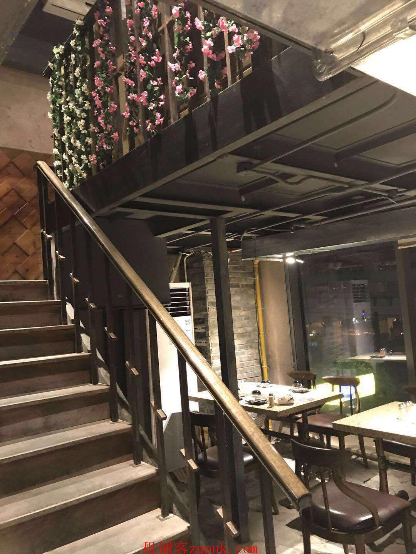 上海城隍庙商业中心 重餐饮执 游客爆棚 写字楼环绕