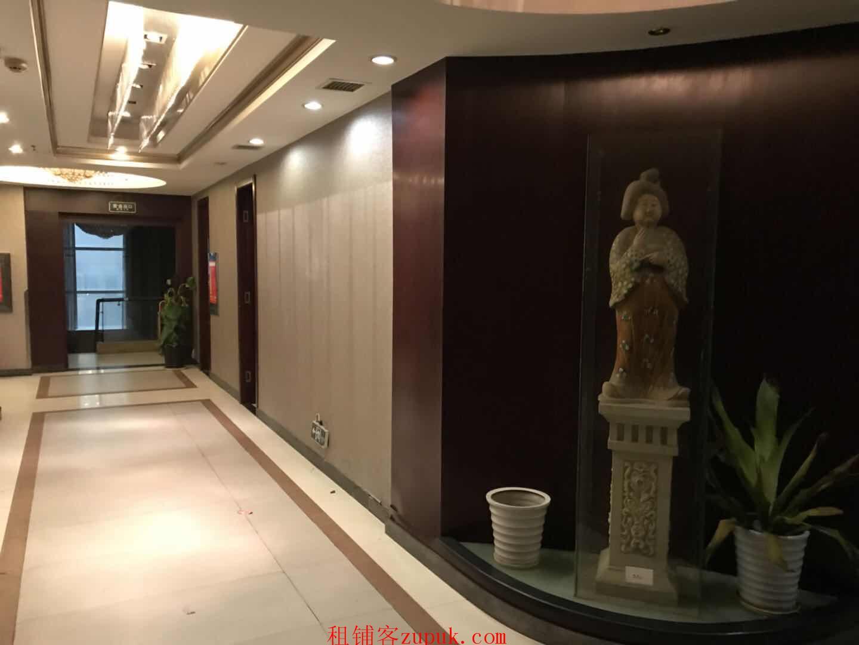 国有企业原始商铺3层裙楼出租烈士公园南门迎宾路口原大蓉和餐厅(中介勿扰)