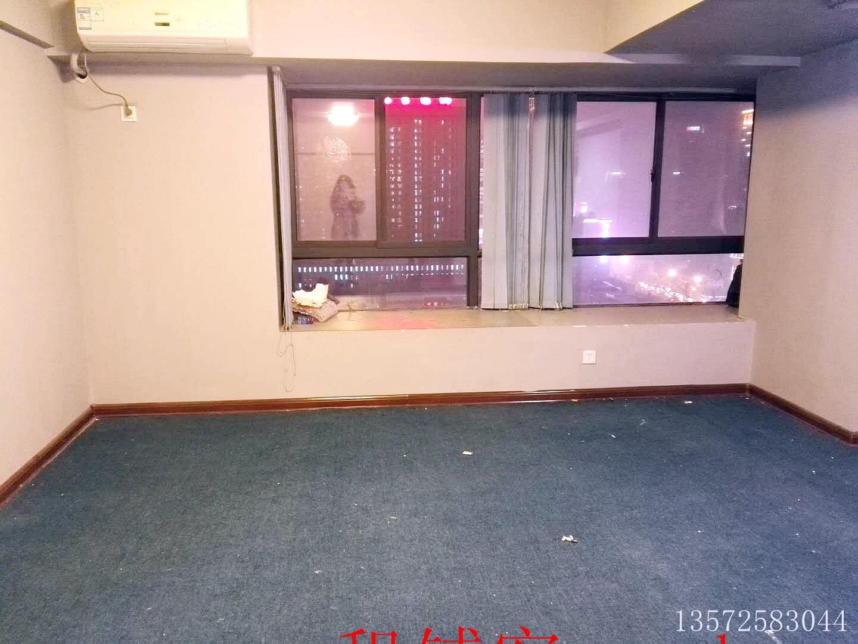 南门外地铁站旁绝佳位置二室一厅办公写字楼