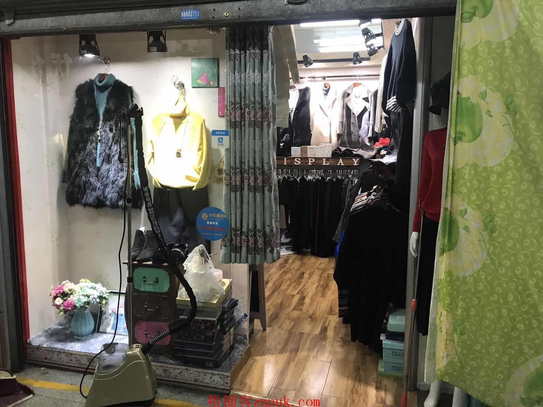 服装市场内商铺出租,个人房源,房东直租。