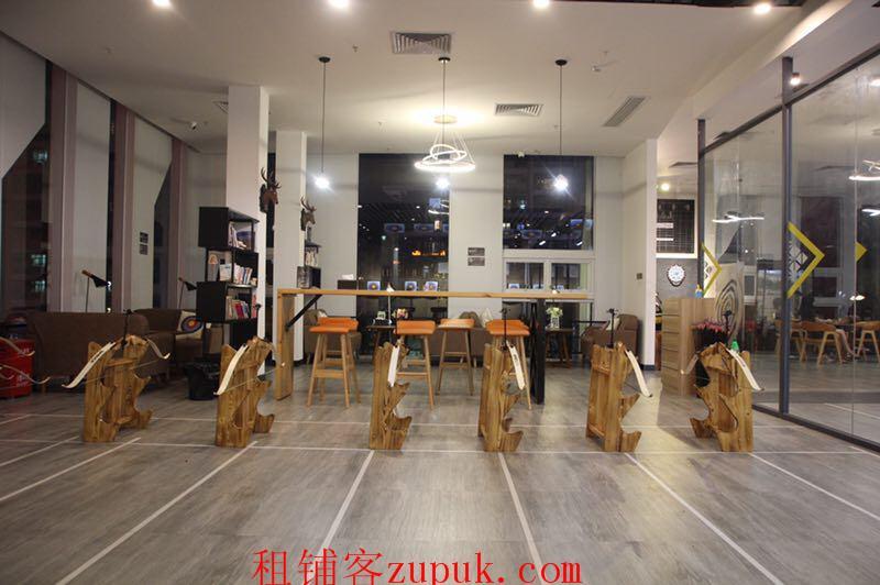 龙华汇海广场3楼商铺三面玻璃楼下公园