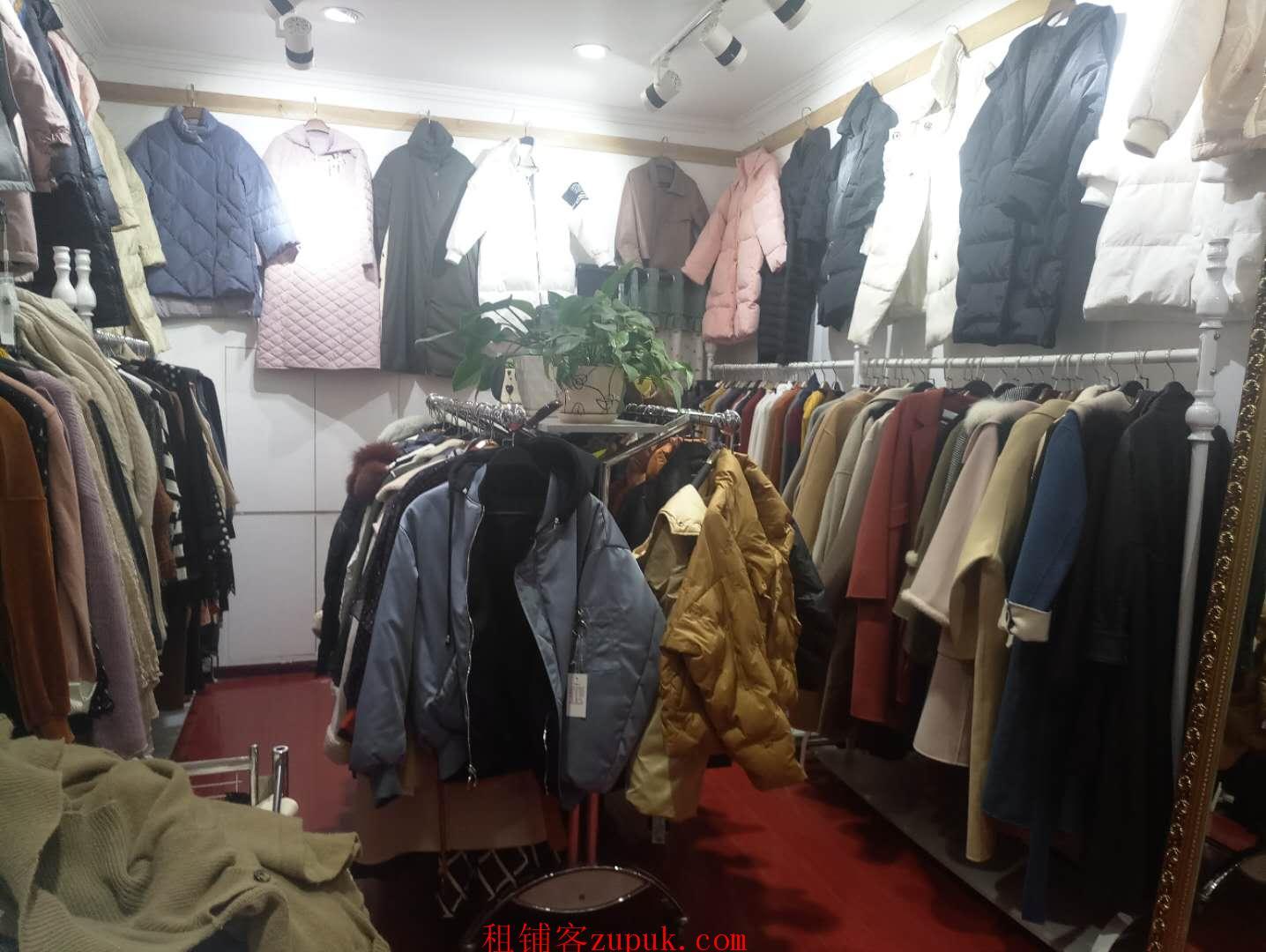 黄河路服装市场精装修服装店急转