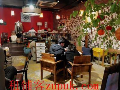 奥体中心正门对面商业街盈利主题咖啡馆转让!