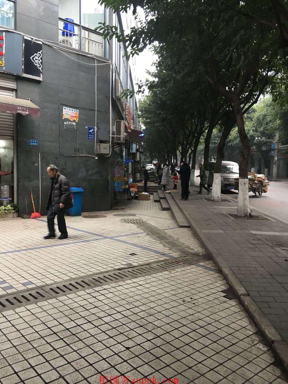 急转)缤纷时代 公交站旁 盈利理发店 优转SDS