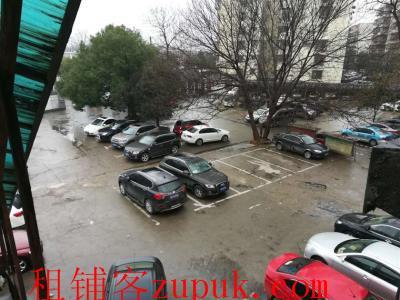 成熟社区临街500㎡旺铺转让,行业不限(停车方便)