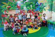 新添寨700平早教幼儿园游乐园急转