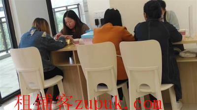 合川广播电视大学对面美容美甲彩妆店急转!(可空转)