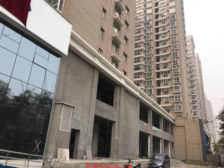 经三路纬二路银行楼下北一层临街旺铺仅剩198平