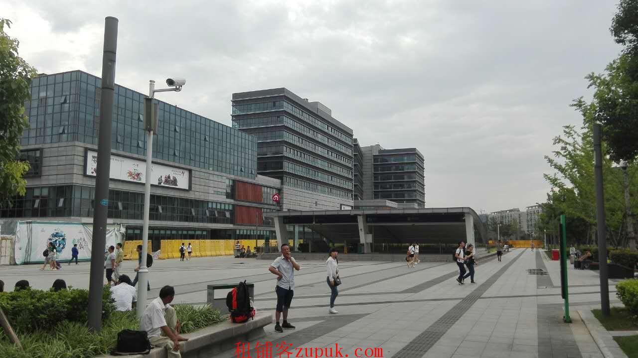 南京火车站汽车站地铁站北广场精彩天地一楼商铺出租