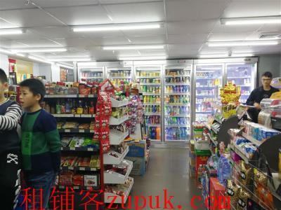 下沙7坊55平米精装超市低价转让