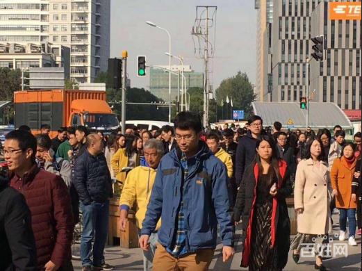 杨浦区五角场商圈沿街一层旺铺招租