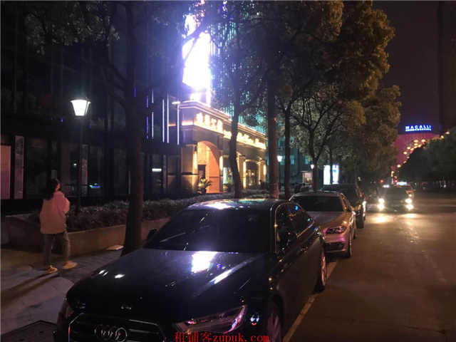 金桥迪拜商务配套美食城人气超好白领多外卖单量大