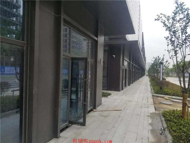 招商:下沙文海南路地铁口蒲公英天地地下2层直接和地铁相连