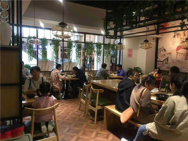 宁波海曙恒一广场餐饮店铺转让