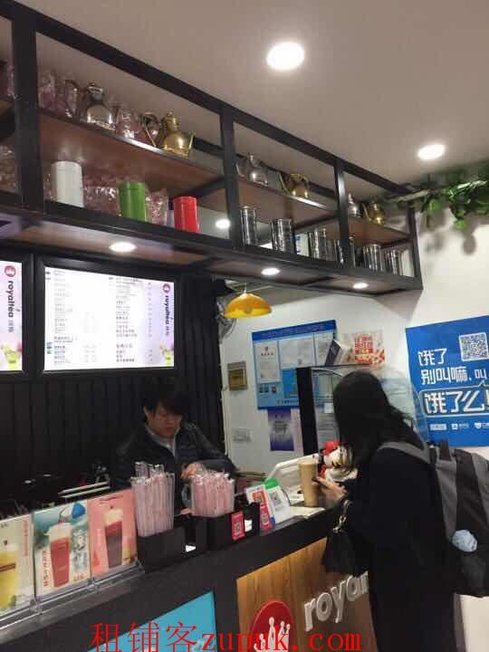 番禺路沿街唯一奶茶商铺 大展示面十字路口客流量大