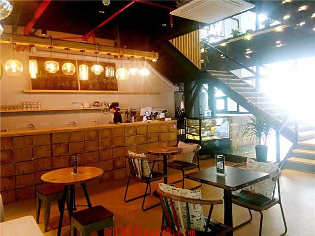 工体300平米独立底商餐饮酒吧会所个人转让中介勿扰