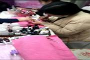 十字路口临街商场入口30㎡美甲美容店转让(可空转)