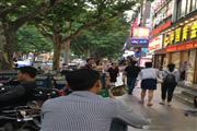 张江沿街一楼旺铺 执照齐全 新出两天必租看到就行动
