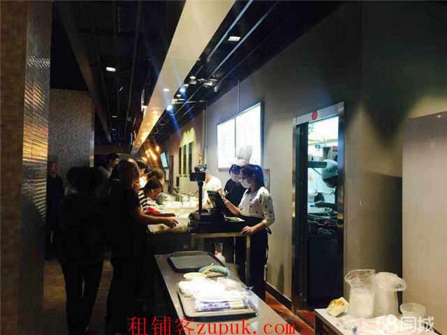 长宁协和路旺铺直租,可重餐饮,执照齐全,客流量大!