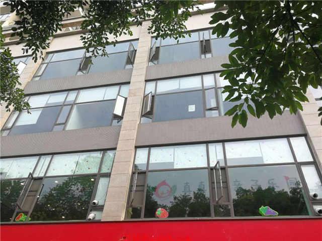 温江七中对面商业楼出租适合教育培训茶楼