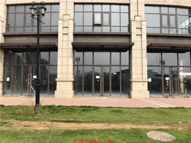 白沙洲290平米空店面出租