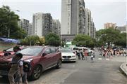 德政园小区出入口50㎡水果店6.8万急转(可空转)